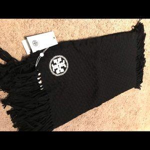 NWT Tory Burch textured jacquard black scarf